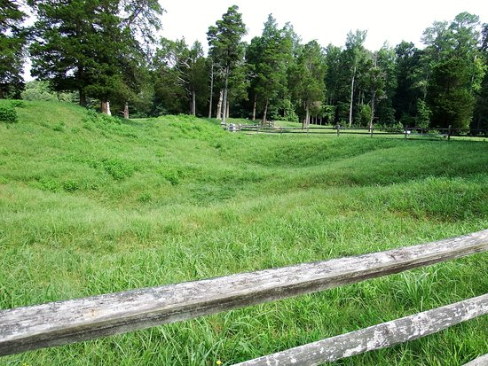Petersburg National Battlefield Park - The Crater
