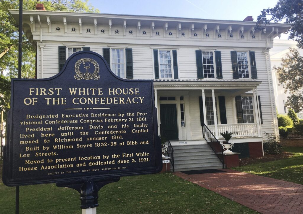 Volunteers Make the Difference at Museum of the Confederacy